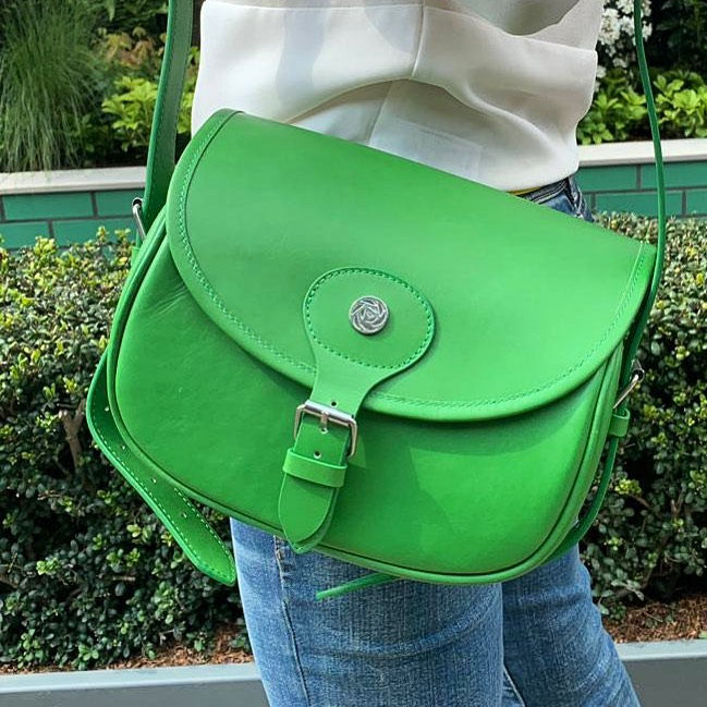 Hey @scarlettwoodslondon rocking your 'Garden Green' Cartridge bag for #rhschels...