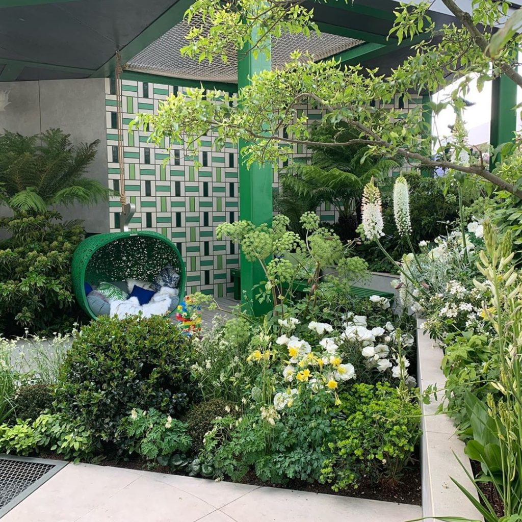 @greenfingerscharity garden still looking super green and lush at #rhschelsea to...