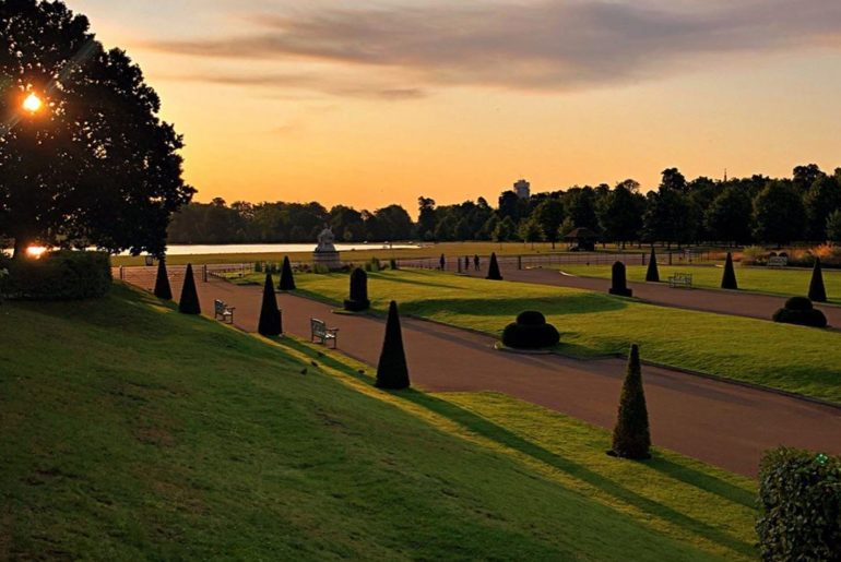 Early morning light and long shadows at Kensington Palace. So lucky to have such...