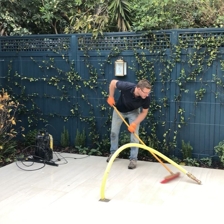 Finishing touches to another Richard Miers Garden Design project in Chelsea! Tha...
