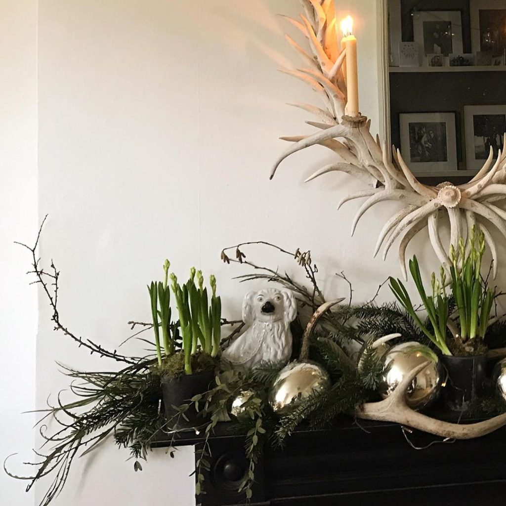 Festive foraged fireplace #outsidein #candlelight #simplepleasures . . . . . #ga...