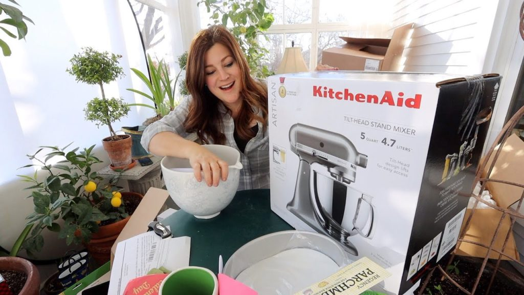Who Sent Me a Kitchen Aid!? 😳😍 Mail Time! 📦❤️// Garden Answer